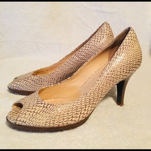 Cole Haan Ivory Snake Print Leather Heels Sz 7.5B